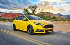 2017-Ford-Focus-ST-B_o